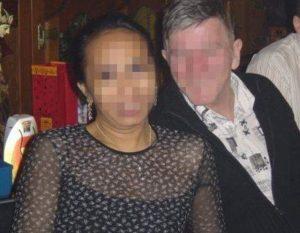 После 19 лет брака мужчина выяснил, что его избранница вовсе не женщина и отдубасил ее