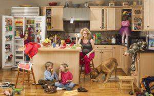 Мама-домохозяйка взорвала сеть ответом на вопрос: «А что ты целый день делаешь?»