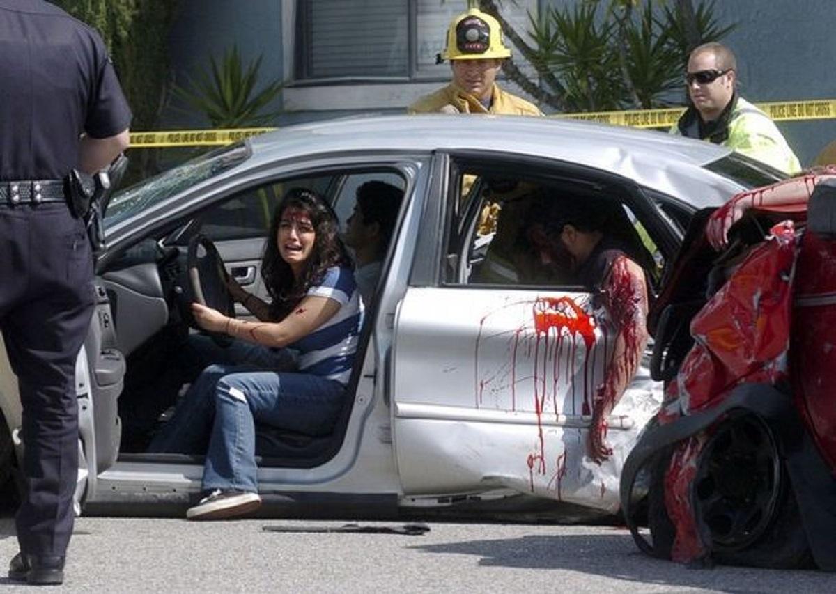 Перед гибелью в автокатастрофе, девушка сказала эти слова. Сейчас вся Европа рыдает над ними!