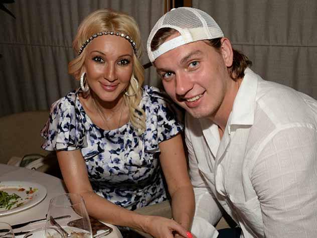 """Дважды мама Лера Кудрявцева выбрала """"скучное"""" имя для маленькой дочери и показала ее первое фото"""